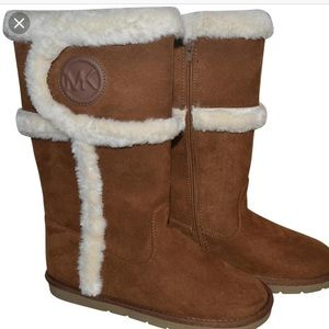 ❤️Michael kors Alina boot so cute!!❤️